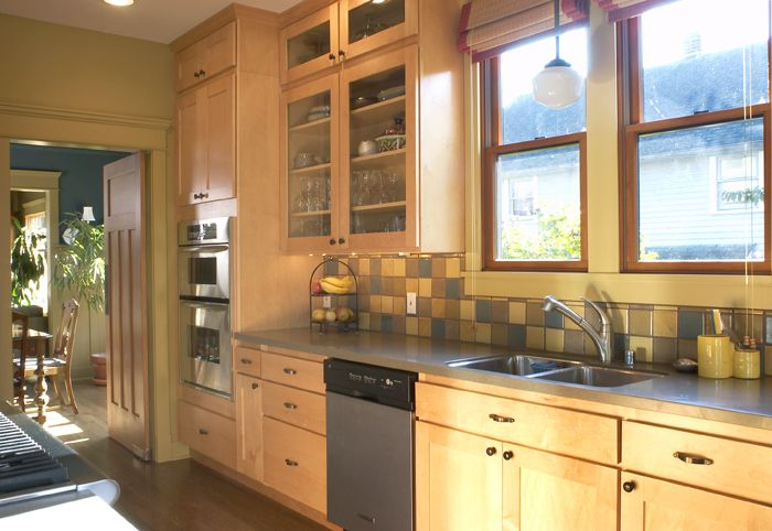 I like maple cabinets and granite countertops | Maple ... on Gray Countertops With Maple Cabinets  id=61533