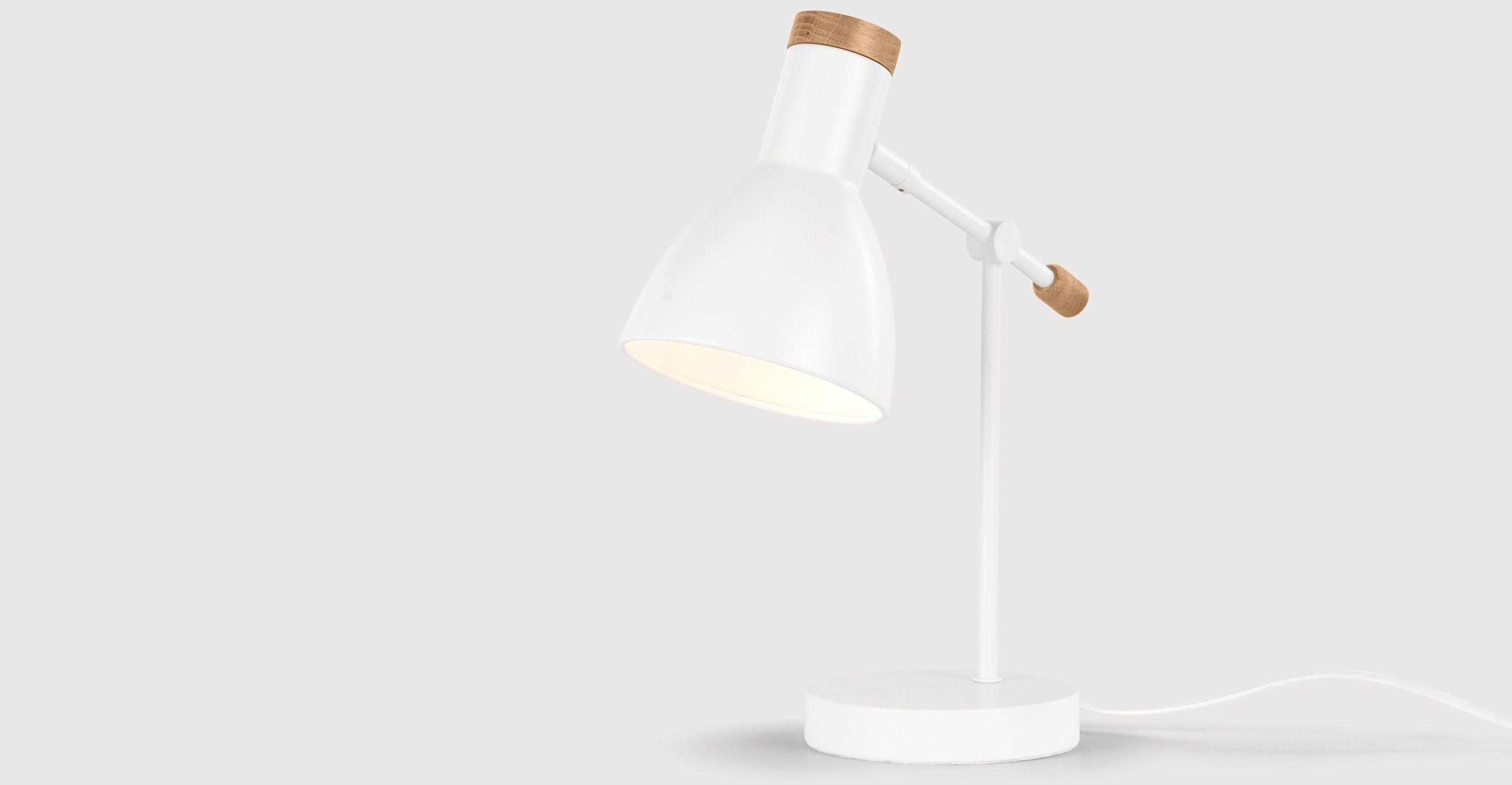 cohen nachttischlampe wei und eiche lampen. Black Bedroom Furniture Sets. Home Design Ideas