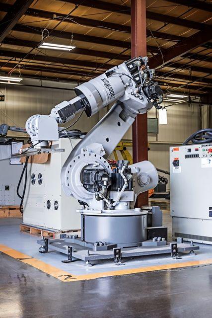 Motoman ES165 XRC at RobotWorx