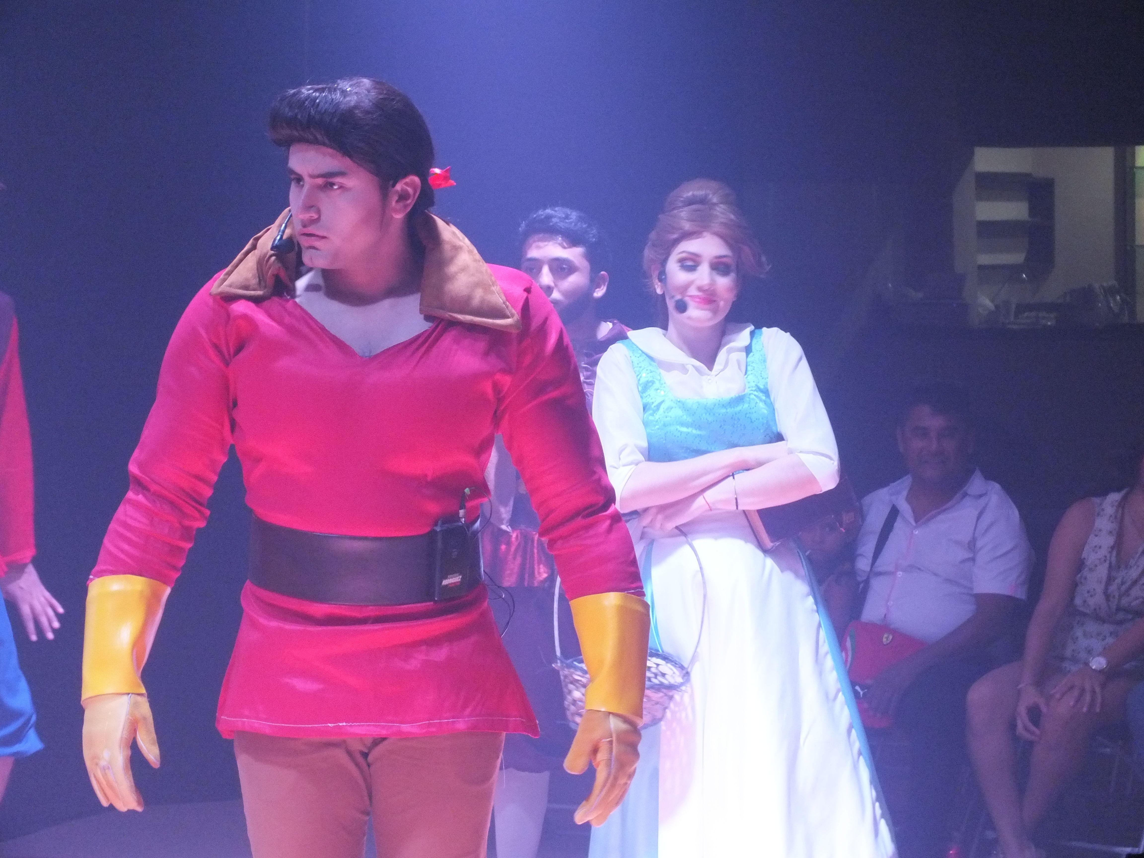 El Musical de la Bella y La Bestia se presentó en el Salon Le ...