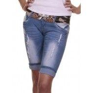 Capri Jeans blauw  Capri Jeans met strass steentjes en scheurtjes, de korte Jeans broek tot de knie, de jeans van deze zomer. Merk: G Smack Model: Capri Jeans Kleur: Blauw Materiaal: 95% Cotton 5%Elasthane Pasvorm: Stretch Denim.  Maten: 34, 36, 38, 40, 42,