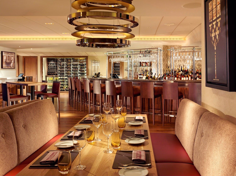 5 Star Restaurants Winery Boxwood Wines At Five Restaurant Bar Boulud London