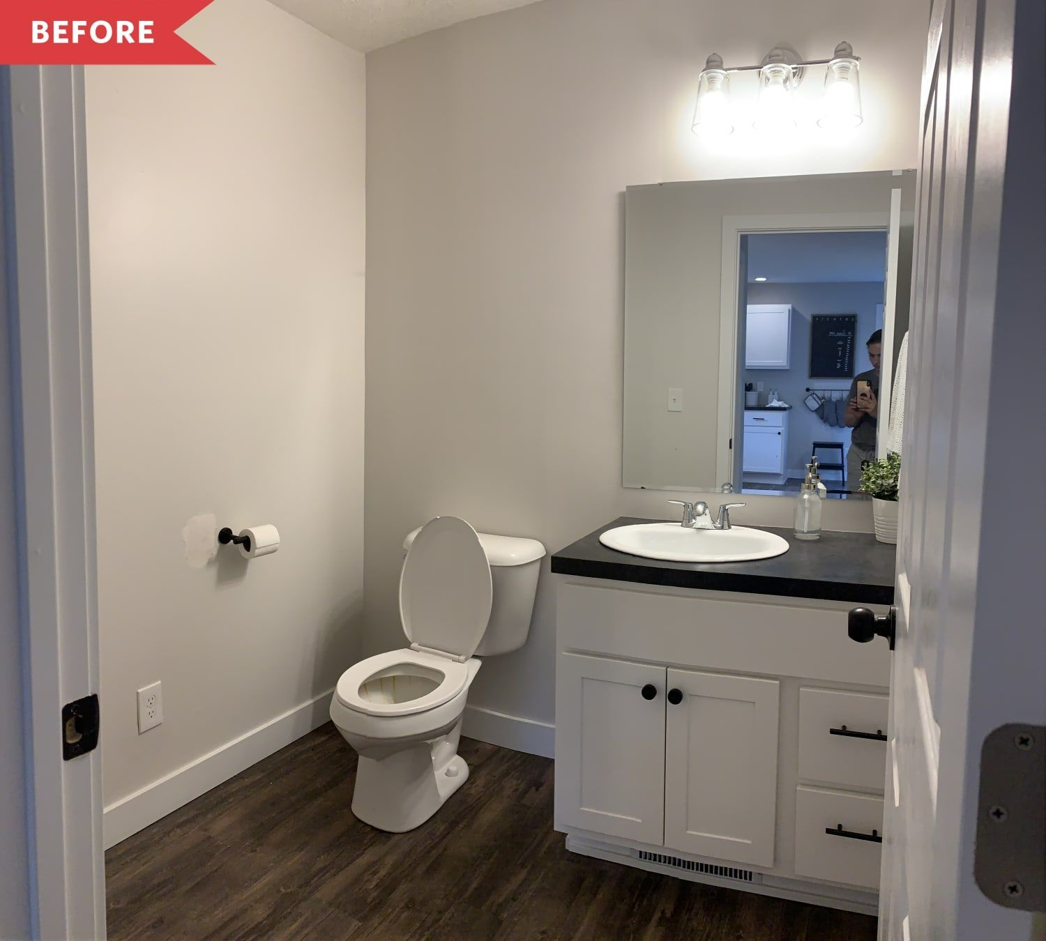 Before And After A 200 Bathroom Transformation Done In A Weekend Bathroom Transformation Weekend In 2020 Bathroom Transformation Bathroom Decor Bath Makeover