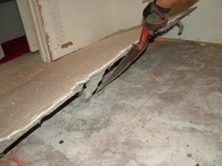 Removing Ceramic Tile Removal