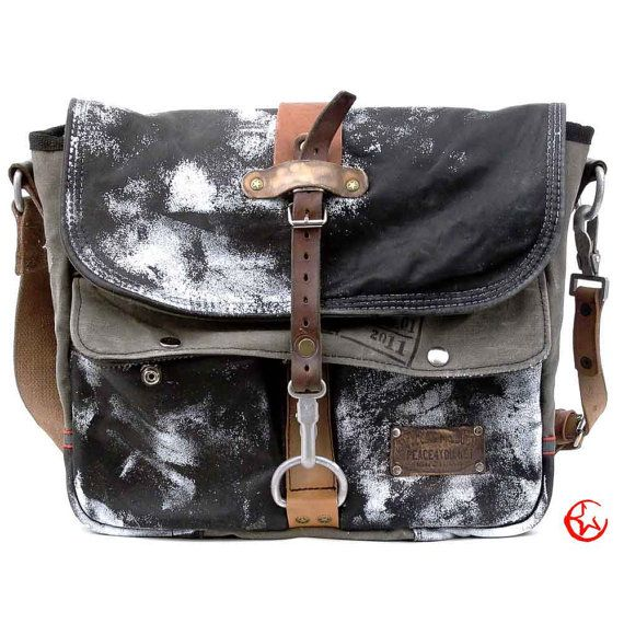 Distressed Leather Messenger Bag Recycled Jacket Painted Crossbody Uni Notebook Handmade Germany 2102