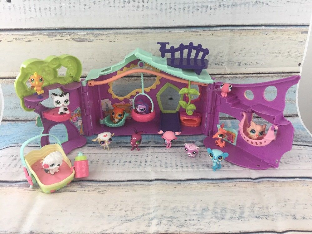 Littlest Pet Shop Tree House Clubhouse Playset with