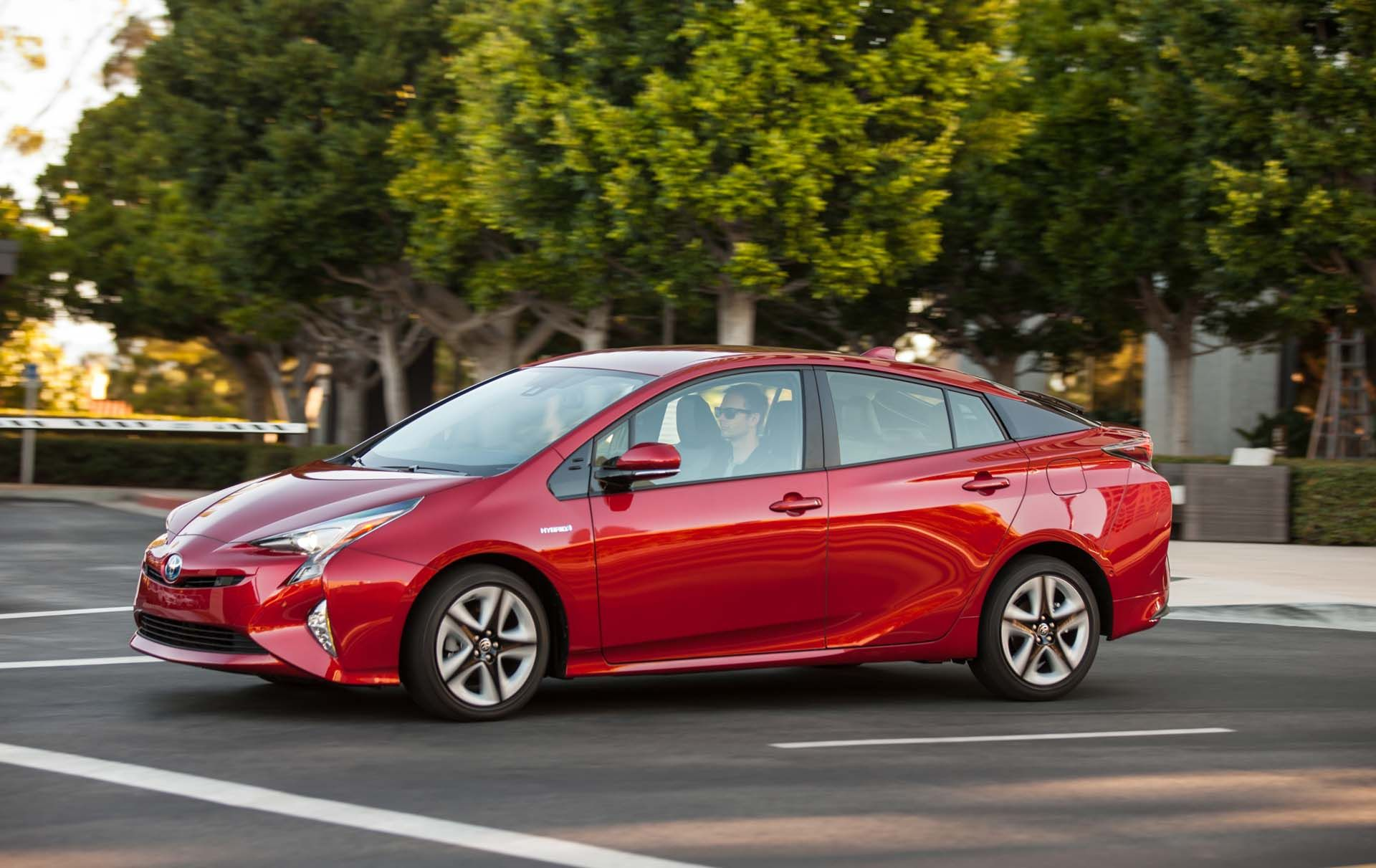 192 000 Toyota Prius Hybrids Recalled Over Fire Risk Toyota