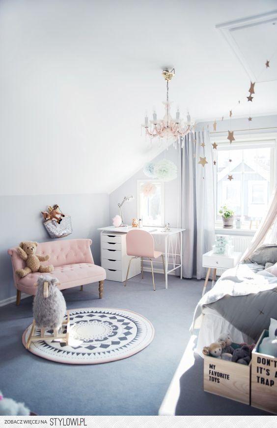 Stylowipl Odkrywaj Kolekcjonuj Kupuj Interiors Pinterest - Canapé convertible scandinave pour noël deco chambre fille rose