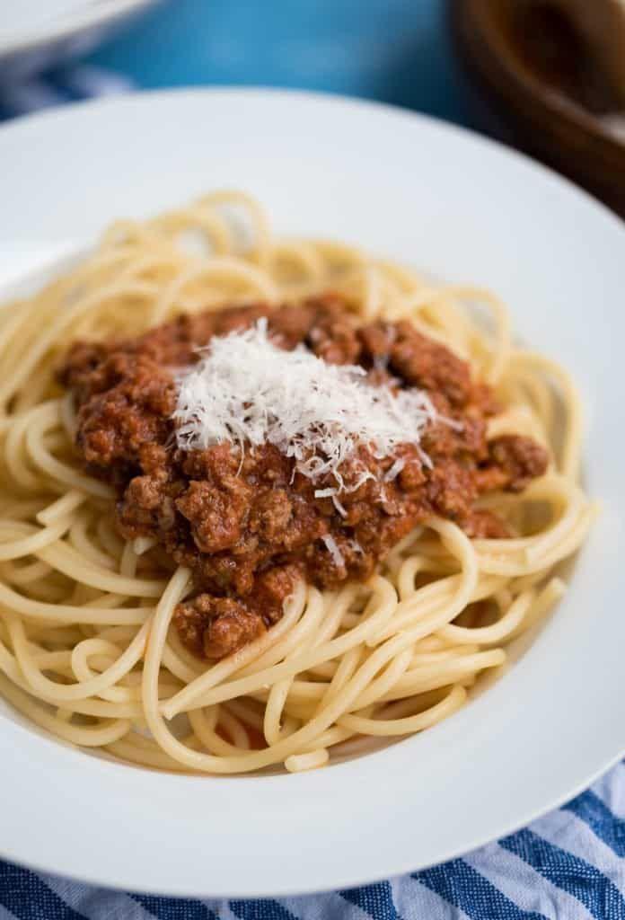 schnelle und einfache spagetti bolognese die du in unter