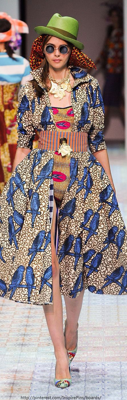African Fashion. Love the Pattern