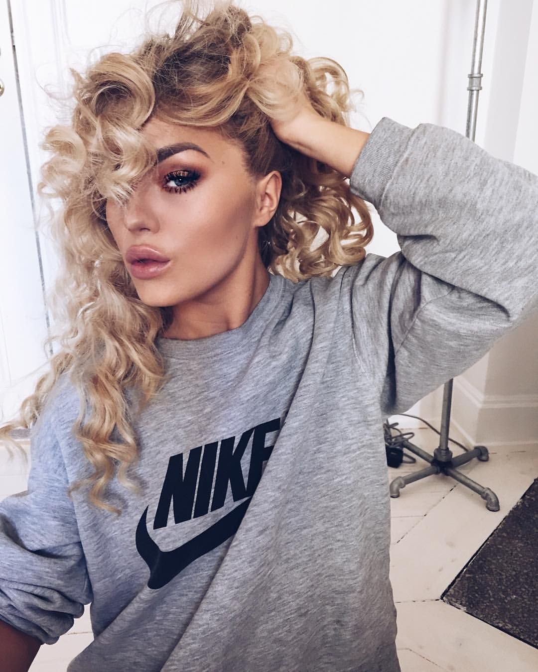 Nose piercing in 30s  Donut get it twisted  Styleinspo  Pinterest  Angelica blick and