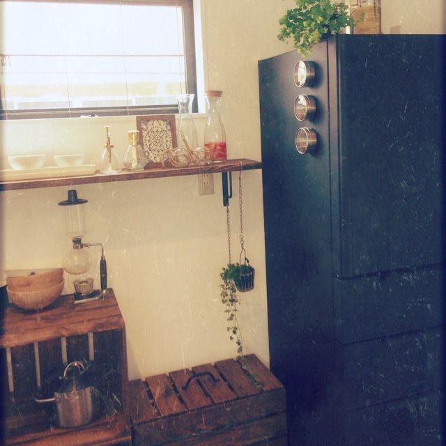 キッチン 観葉植物 びん ダストボックス カップボード などのインテリア実例 2014 04 22 10 36 28 Roomclip ルームクリップ インテリア インテリア 実例 黒板塗料