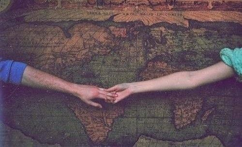 """William Shakespeare a écrit : """" L'amour n'est pas l'amour s'il fane lorsqu'il se trouve que son objet s'éloigne. """""""