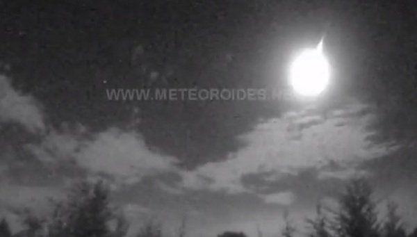 Dos meteoritos caen en Madrid y el Mediterráneo