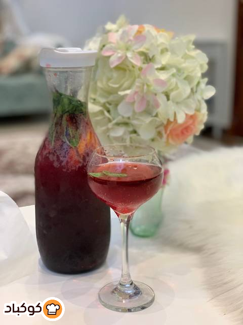 موهيتو توت بالصور من Faten Ibrahim Recipe Alcoholic Drinks Alcohol Rose Wine