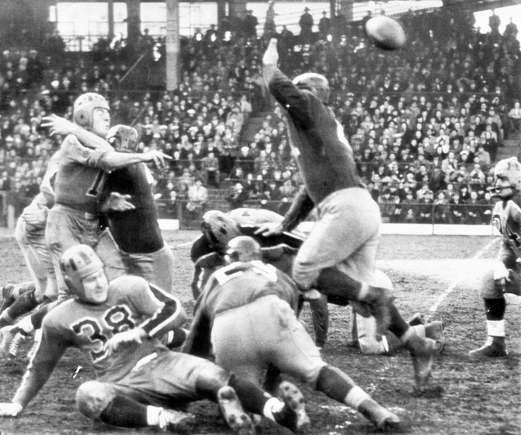 Brooklyn tigers vs washington november 12 1944 football