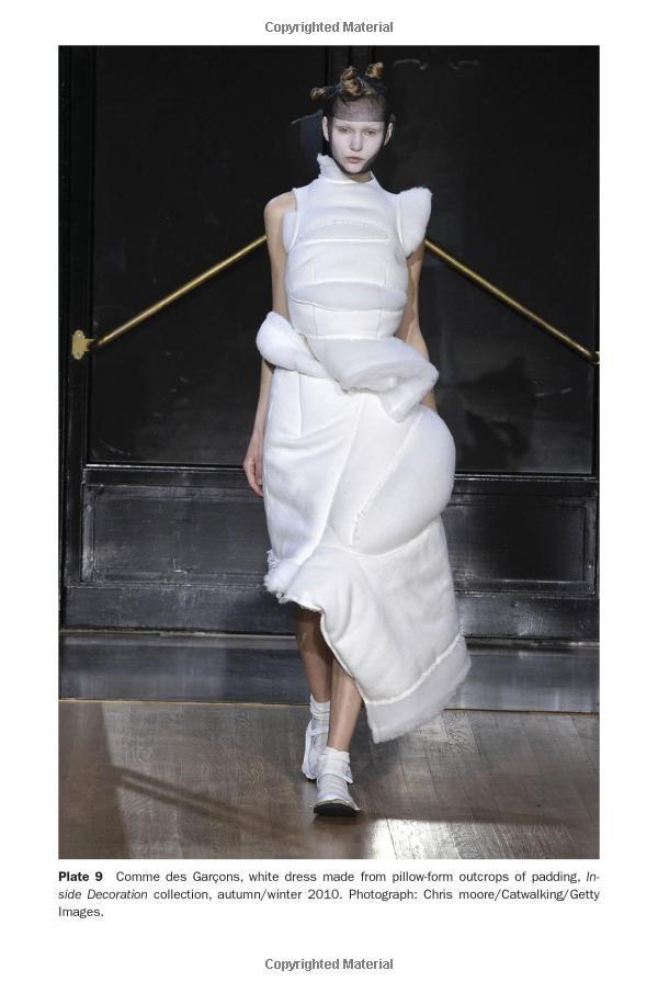 Japanese Fashion Designers The Work And Influence Of Issey Miyake Yohji Yamamoto And Rei Kawaku Japanese Fashion Designers Fashion Japanese Fashion