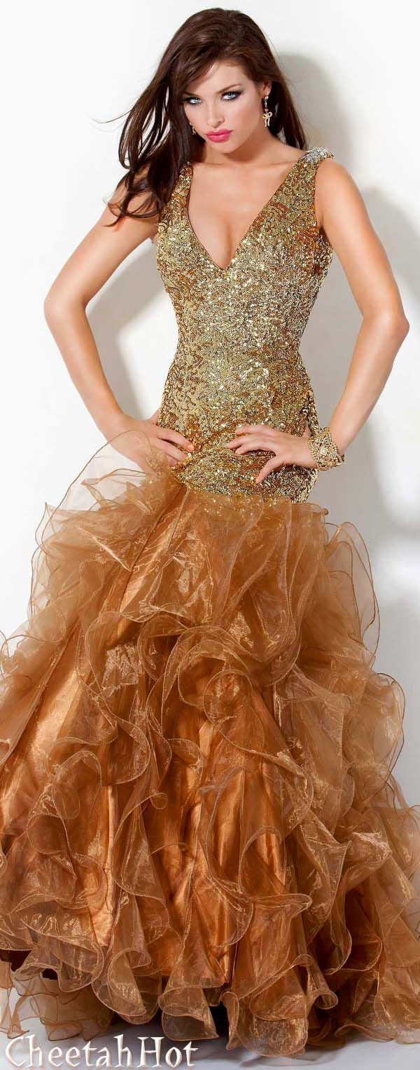Gold ruffled gown gorgeous style at night pinterest