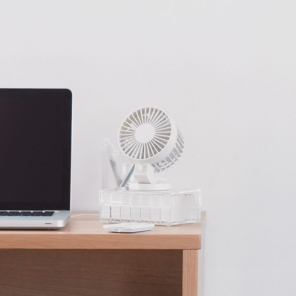 Usb Desk Fan Sometimes Plugs Are In High Demand So Make Sure You Re Not Caught A Sweat Over Summer With Top That Into Drive