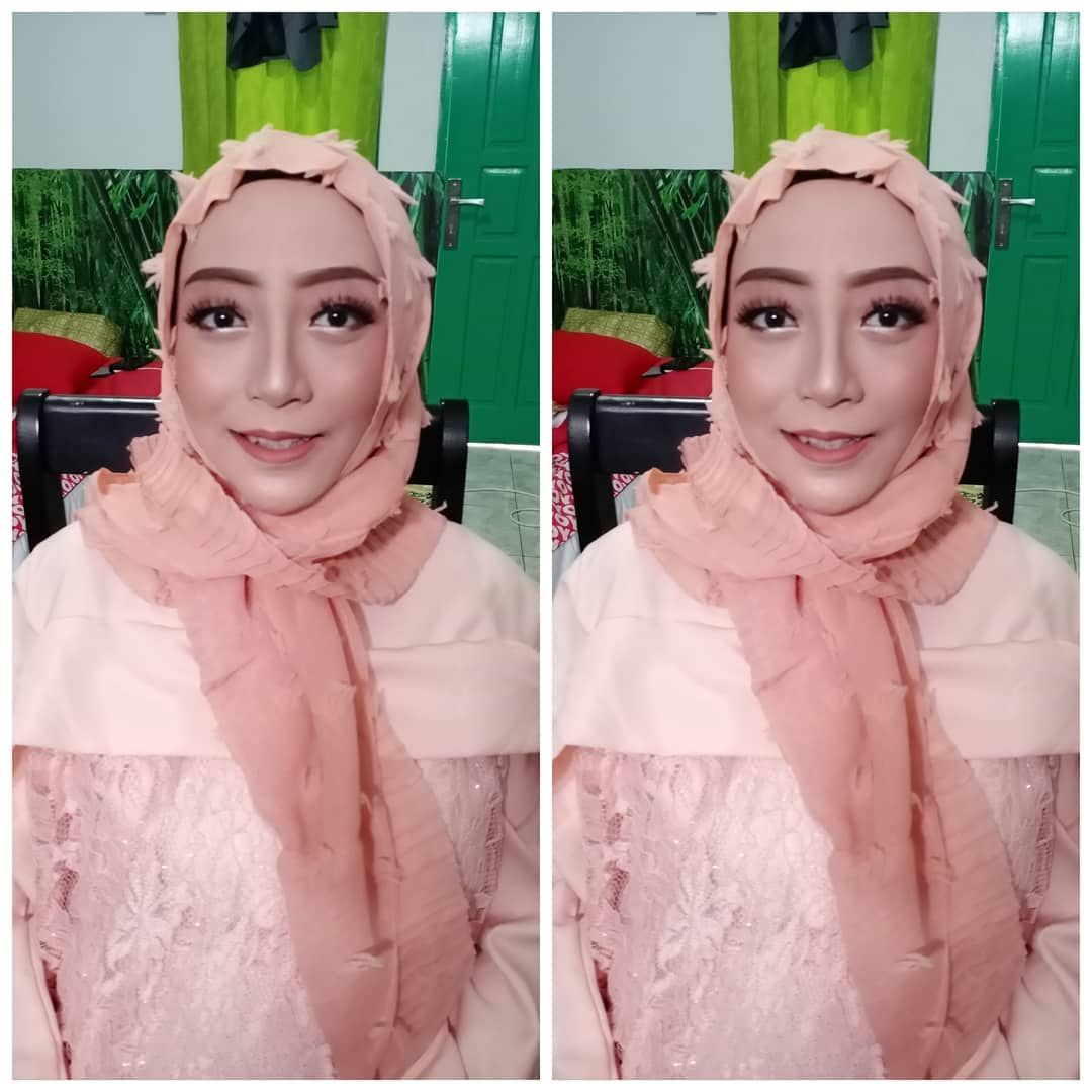 Photo of make-up for my pretty client .. 💕 #desember2019 .. Melayani paket make-up + h…