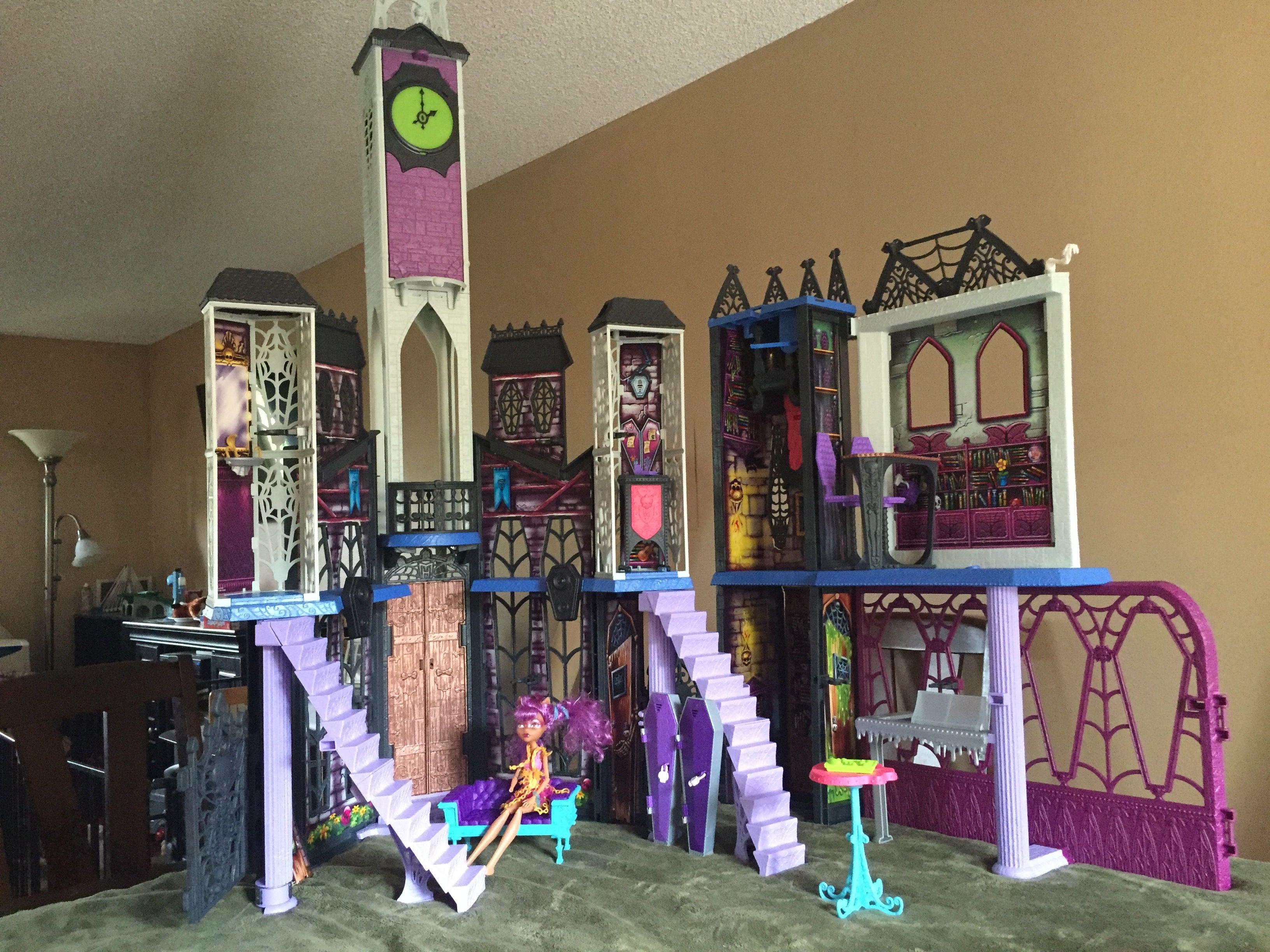 Monster High Deadluxe High School Wishlist Pinterest
