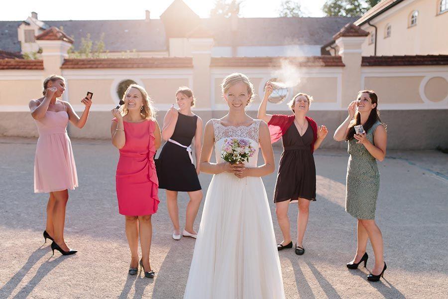 Hochzeit Im Kloster Holzen Augsburg Brautjungfernkleid Hochzeit Hochzeitsfotograf