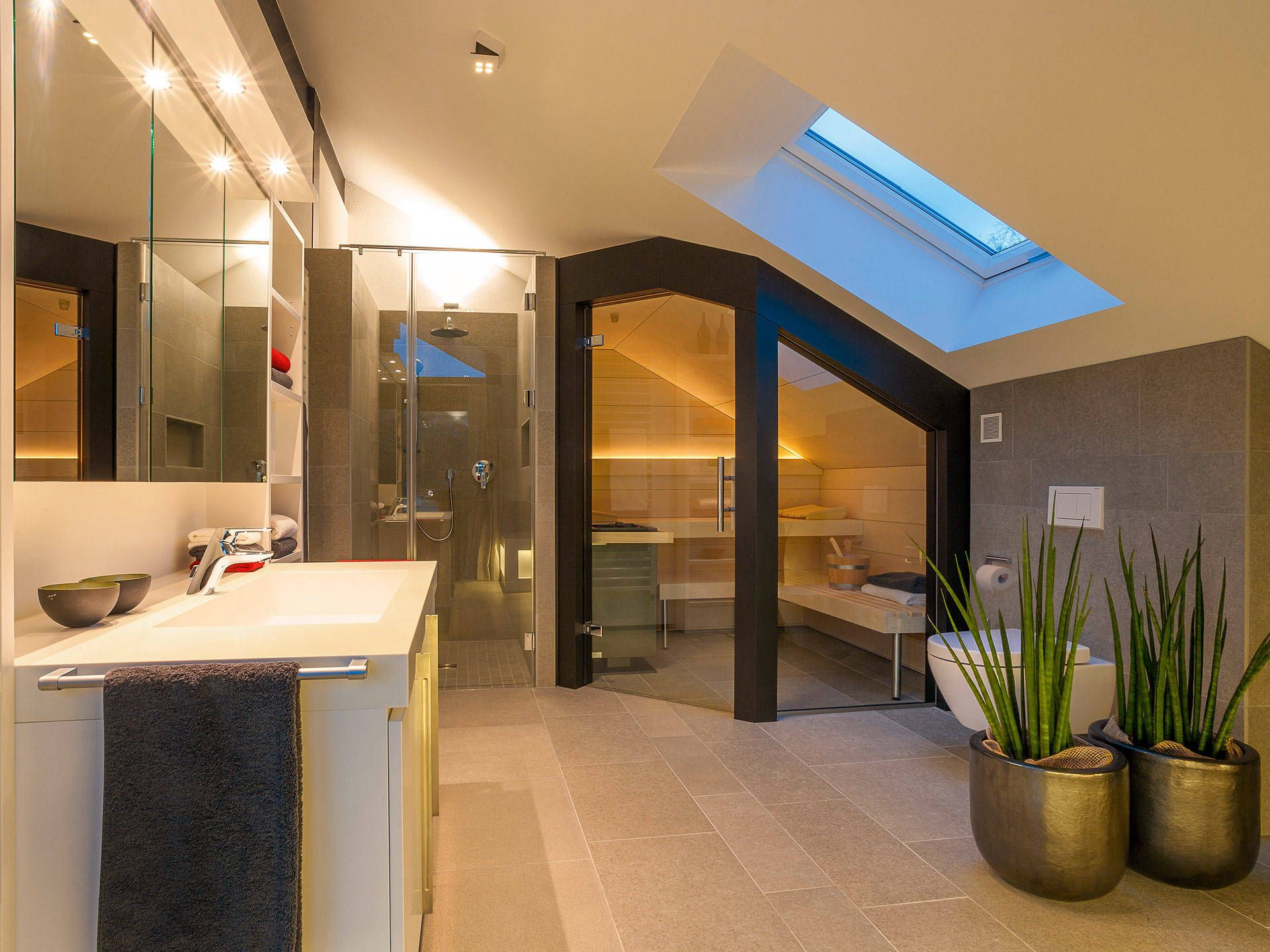 HUF Haus modum 810 von HUF Haus Badezimmer gestalten