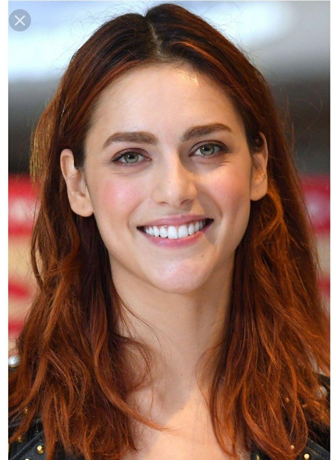 Pin di Moreno su Miriam | Bel viso, Acconciature rosse ...