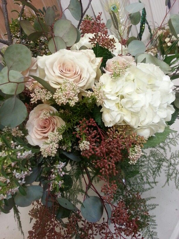 Quicksand Roses with Rice flower, Seeded Eucalyptus and Hydrangea ...