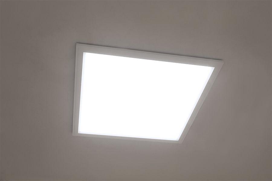 meet e043e a6d40 Flush Mount LED Panel Light - 2x2 - 4,400 Lumens - 40W ...