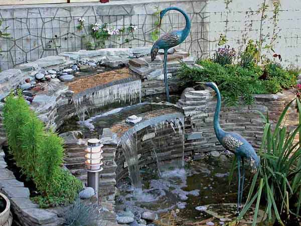 Water fountains front yard and backyard designs garden Water fountain landscaping ideas