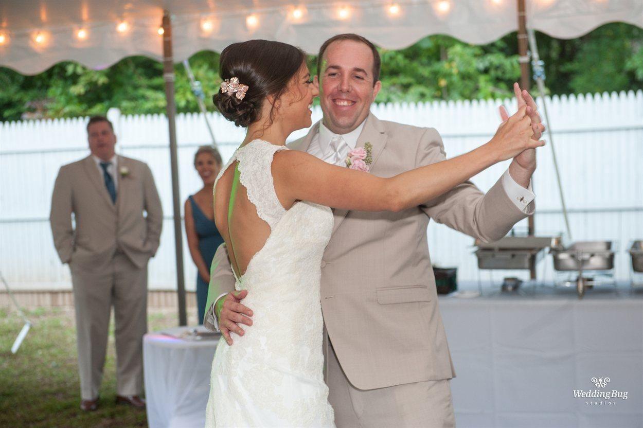 The Wedding Of Stacy Jakubowicz And Matthew Patten American Wedding Wedding Sheath Wedding Dress