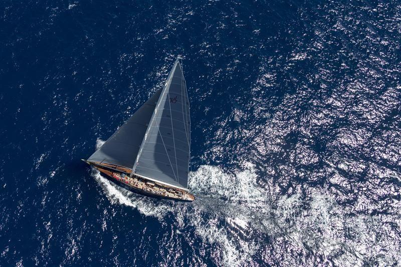 """VELSHEDA, J-Class winner in 2013 VELSHEDA, Sail n: JK7, Owner: TARBAT INVESTMENTS, Lenght: """"39,50"""", Model: J Class regattanews.com - Photo"""