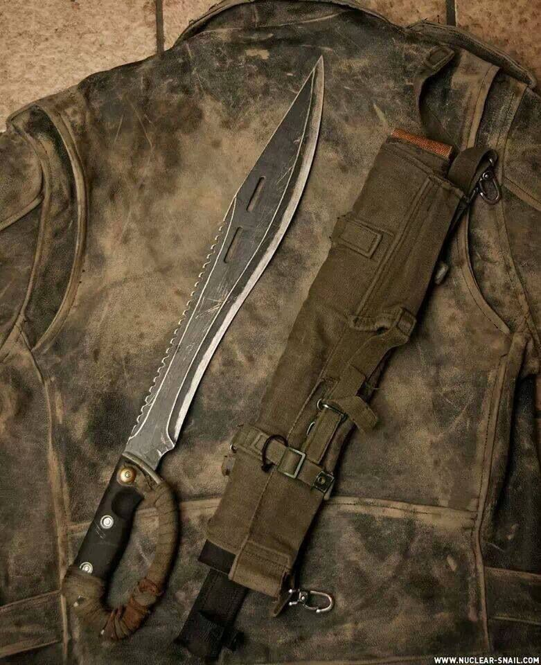 Survival machete zombie weapons pinterest survival for Combat portent 30 22