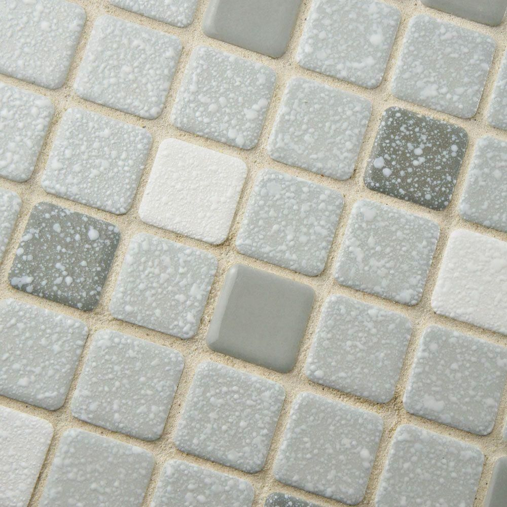 Merola Tile Crystalline Square Grey 11 3 4 In X 11 3 4 In X 5 Mm Porcelain Mosaic Tile Fkosrr08 The Hom Porcelain Mosaic Tile Porcelain Mosaic Mosaic Tiles