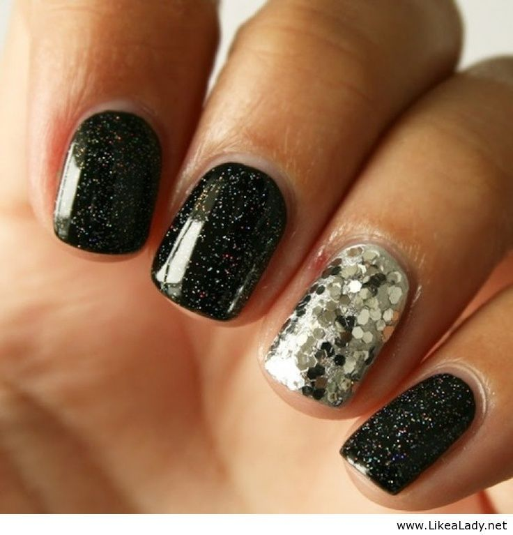 Black diamond nails | Makeup & Nails | Pinterest | Diamond nails ...