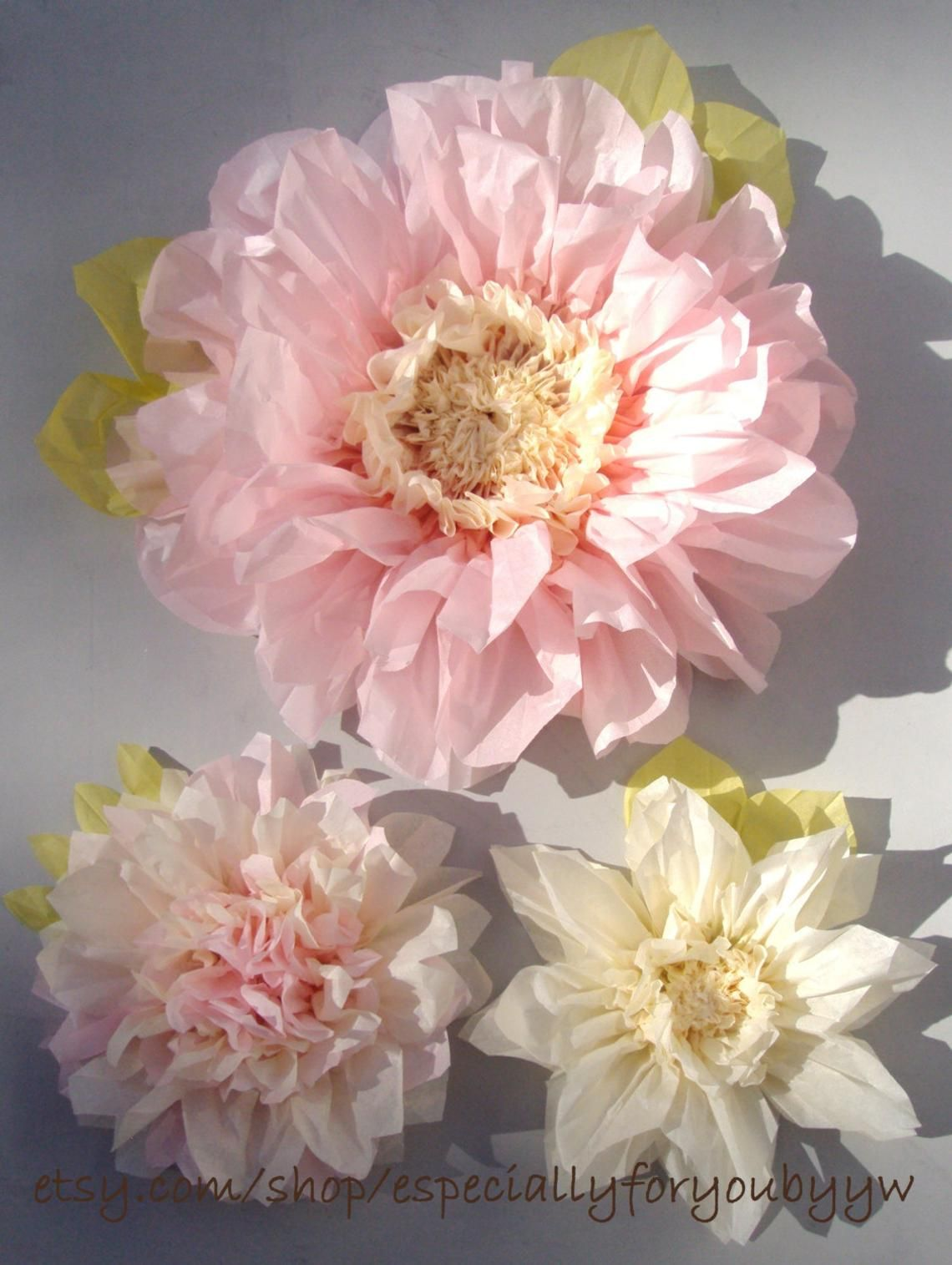Set Of 3 Giant Paper Flowers Light Pink Perfect Decorations For