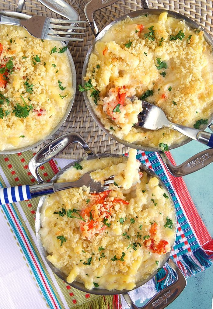 The Very Best Lobster Mac and Cheese Recipe - The Suburban Soapbox #macandcheeserecipe
