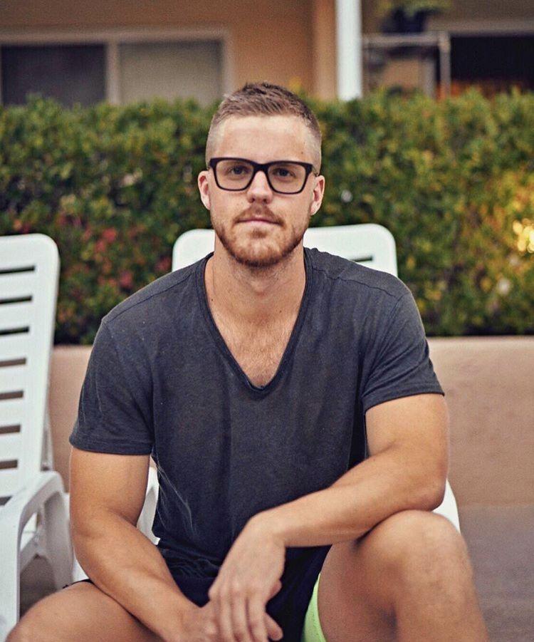 22482df94e10a Pin de Bryan Hebert em oculos e acessorios   Óculos, Acessórios e Masculino