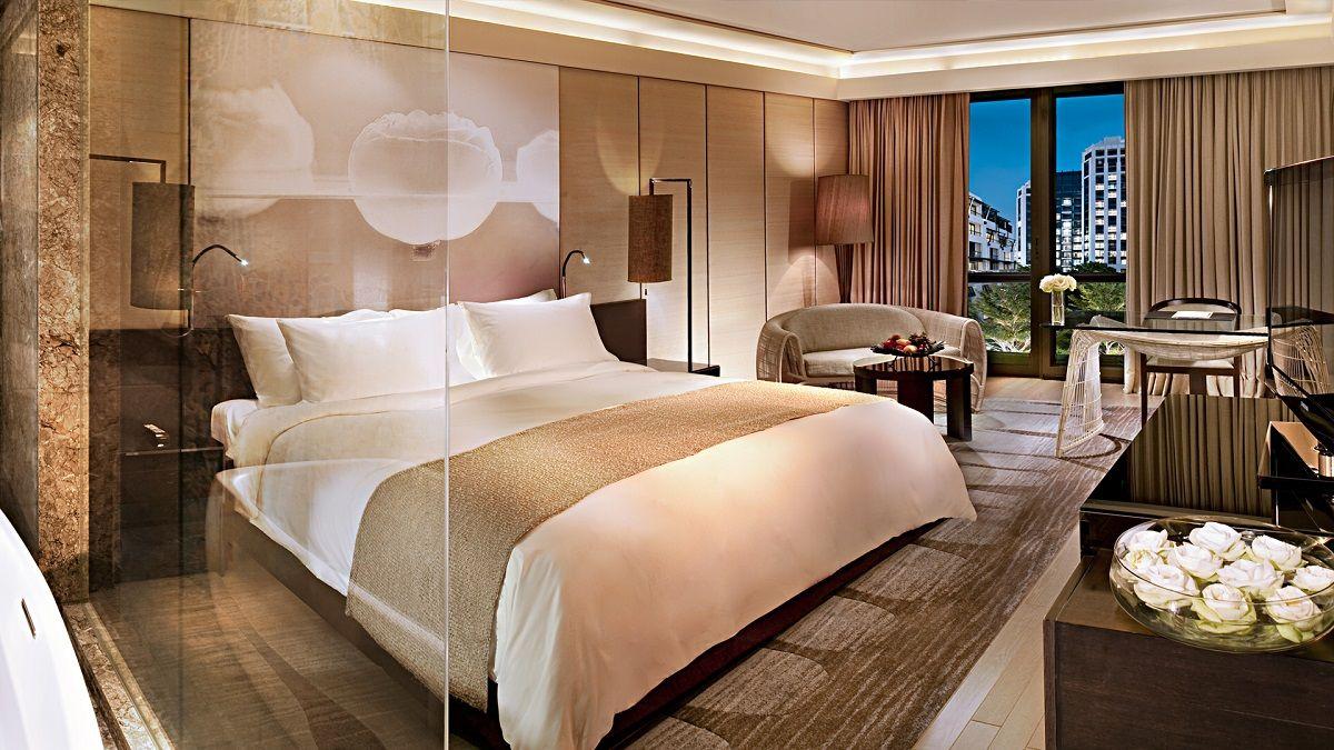 Pin On Gina Explosives Luxury hotel bedroom ideas