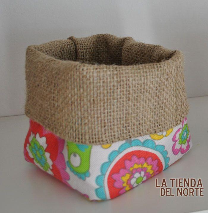 Arpillera y loneta cestas de tela pinterest - Artesanias con telas ...