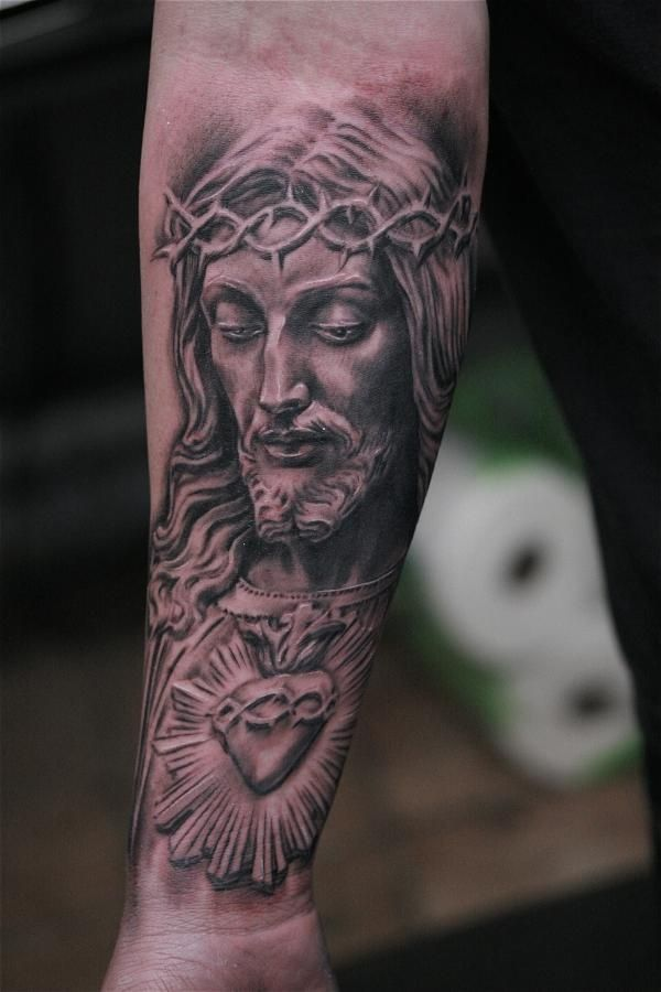 Jesus tattoo on forearm This is another very detailed Jesus design ...