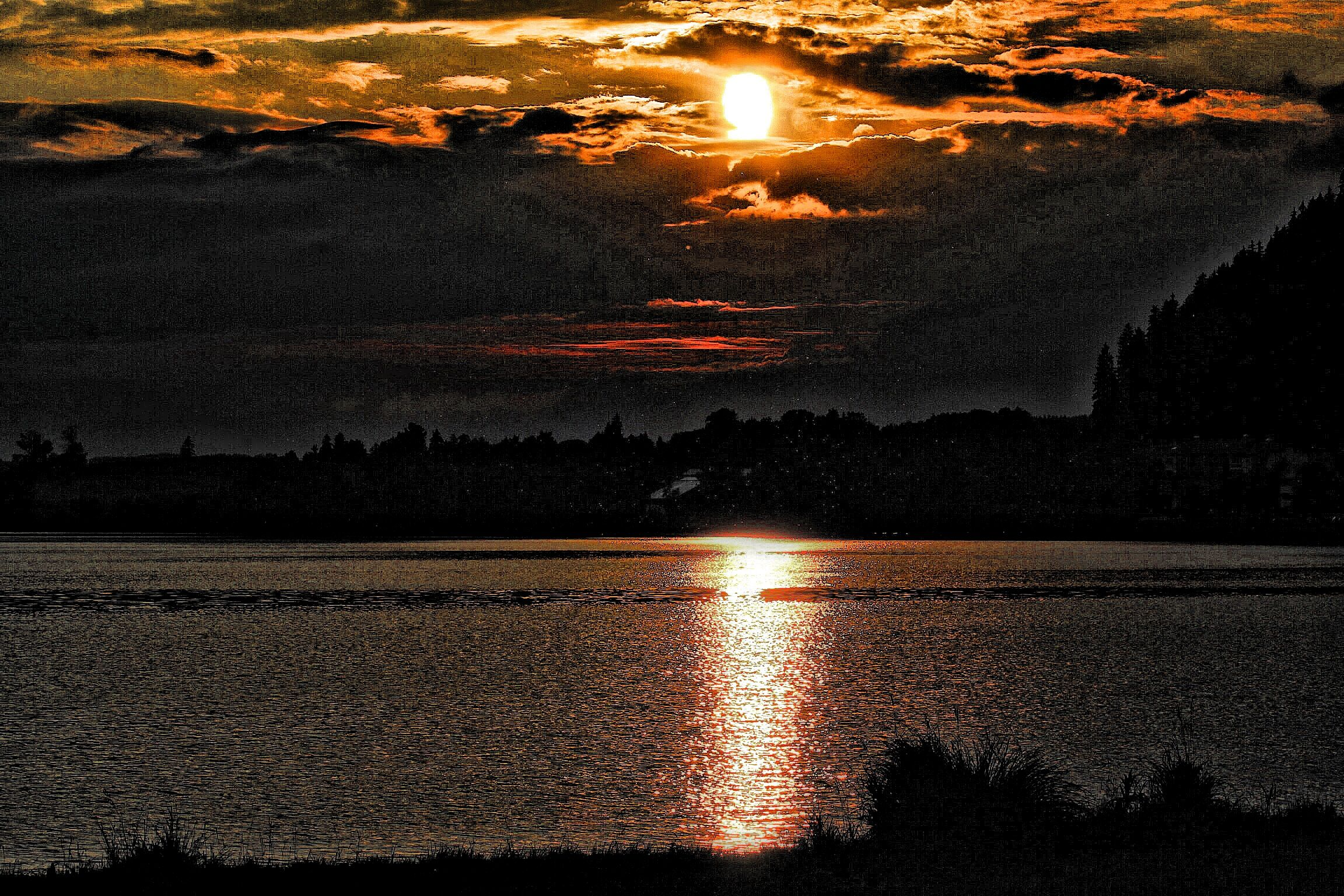 Sunset on Hopfen Lake