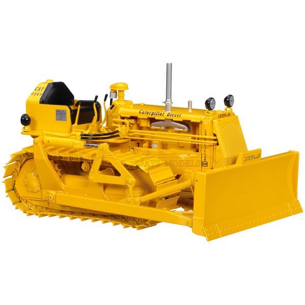 Caterpillar D4 Dozer in 1:16 Scale By SpecCast | Earth