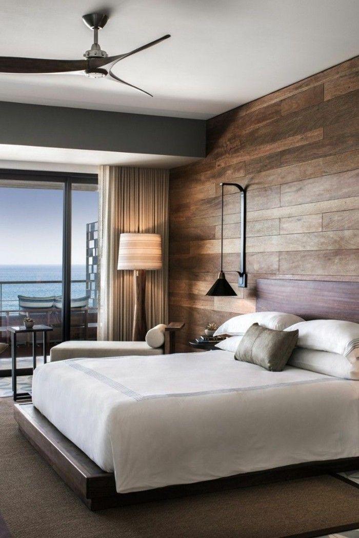 wohnideen schlafzimmer stilvoller teppich und holzpaneele für die - schlafzimmer wand ideen