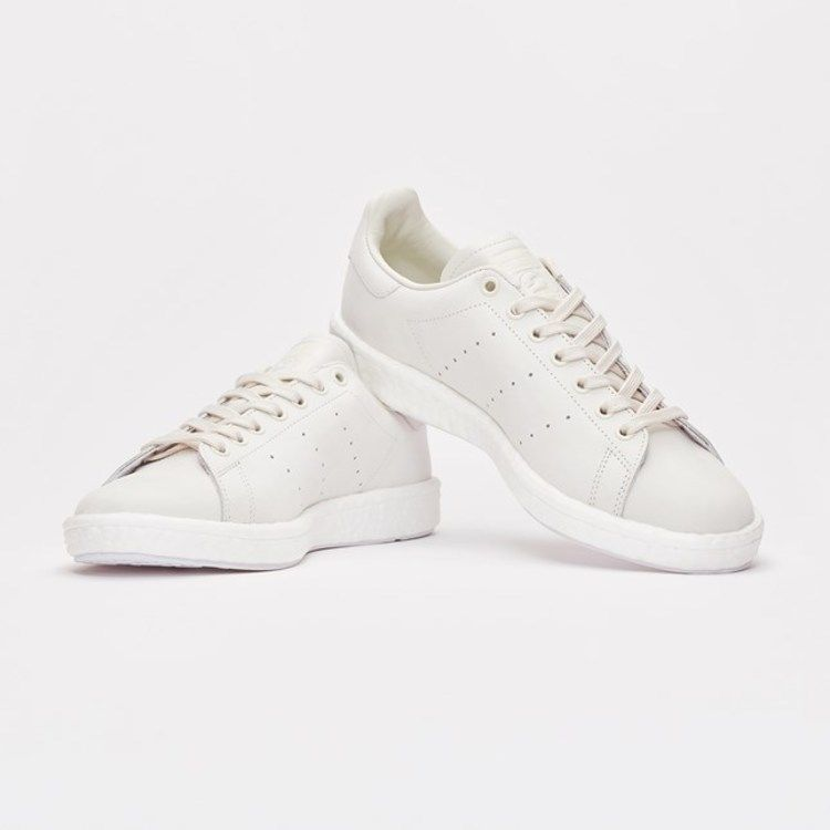 huge discount 5e50b 56385 Sneakersnstuff x Stan Smith Boost Shades of White V2 - Adidas - BY2281 -  footwear whitelinen greenfootwear white  GOAT