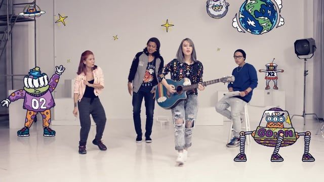 We have recently made a fun little video for the launch of HP Pavilion x2 Detachable PC. The video features Jakarta Beatboxer, Reese Lansangan (Singer), Gin Lam (Choreographer) and Benzilla (Illustrator).    Credits  Client : HP  Agency : BBDO  Director : William Chan  DOP : Teck  Illustrations : Benzilla  Production Company : Reelloco  Post Production : TMRRW