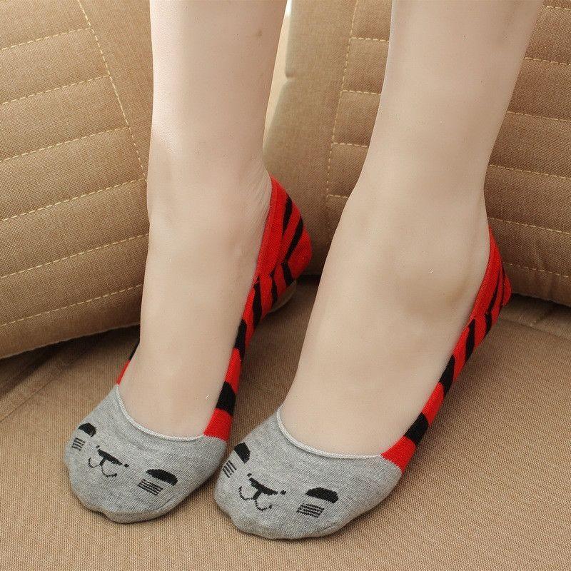 2015 new 10 pieces= 5 pairs summer Cartoon leisure female socks, socks women, nice cartioon cat women ankle socks, you like it!