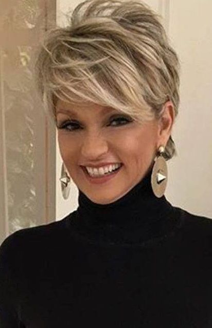 38 Short Pixie Haircuts for Thick Hair - Get Your Inspiration for 2019 - Short Pixie Cuts #shorthairstylesforwomen
