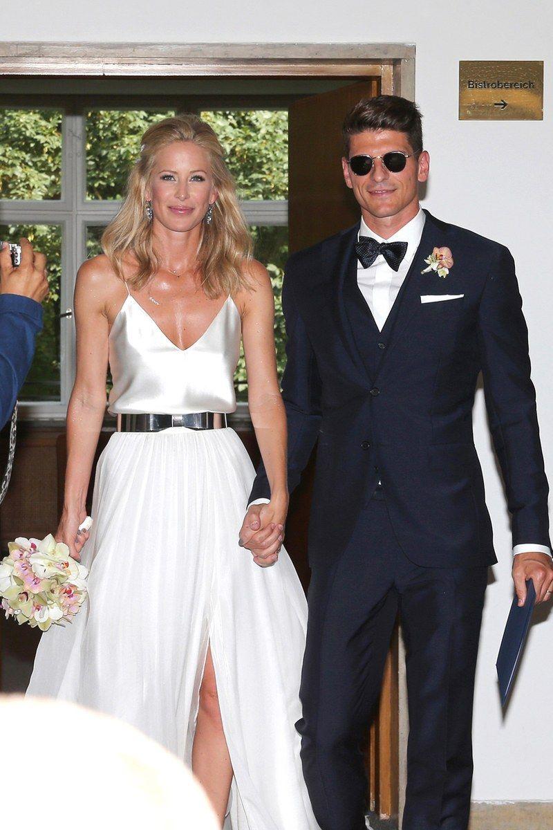 Die Hochzeitskleider Der Stars Hochzeitskleid Braut Mario Gomez